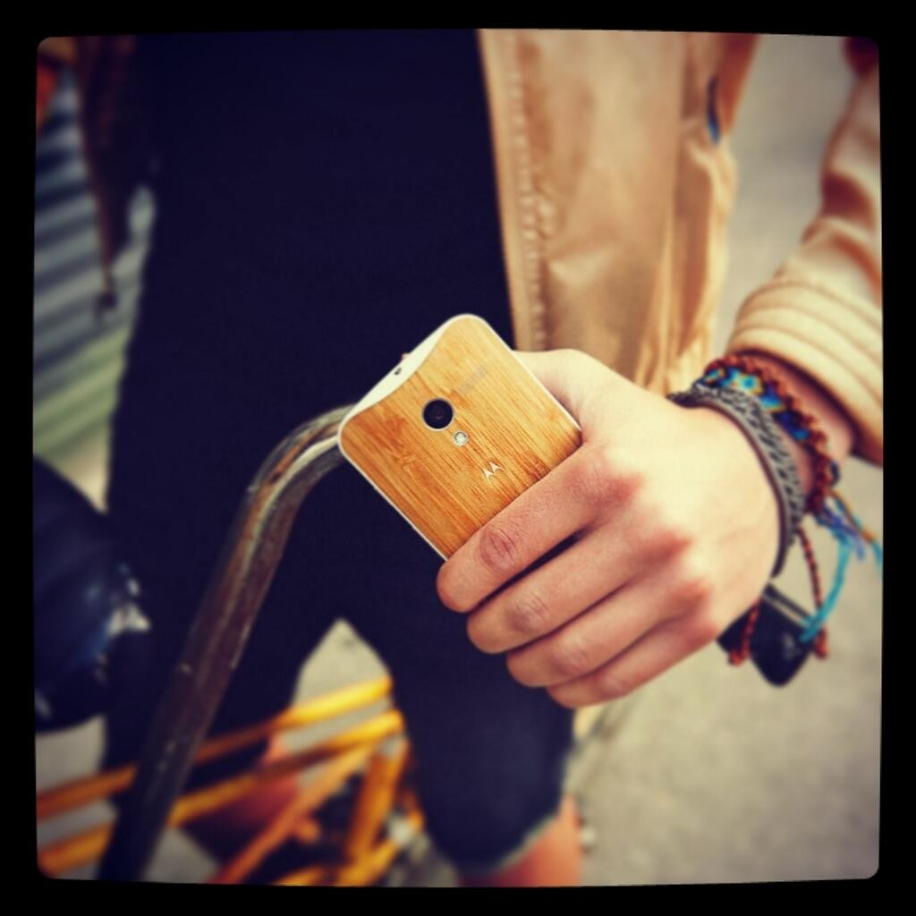 moto x wooden back