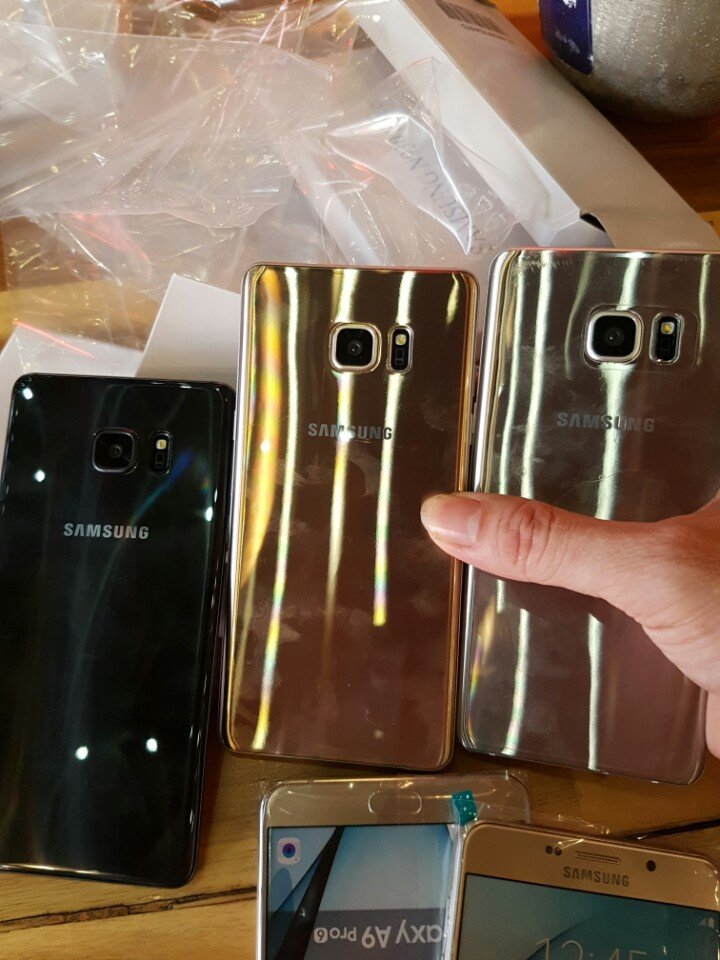 Note-7-box-leak-and-hands-on-pictures (4)