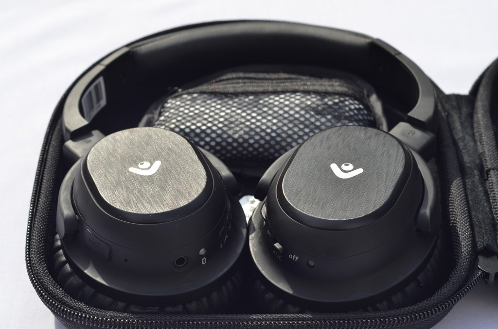 envent moksha headphones in bag photo